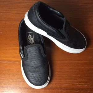 Vans Kids Slip on Sneakers Leather Black 9.5
